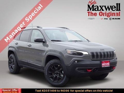 New 2019 JEEP Cherokee Trailhawk With Navigation